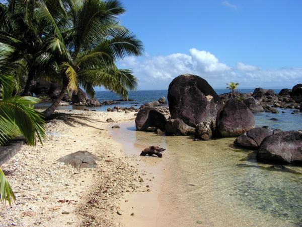 beach sainte marie madagascar