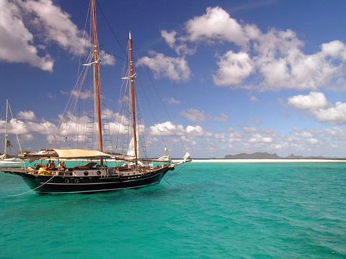 Acheter un voilier pour voyager et plonger en Asie du Sud Est